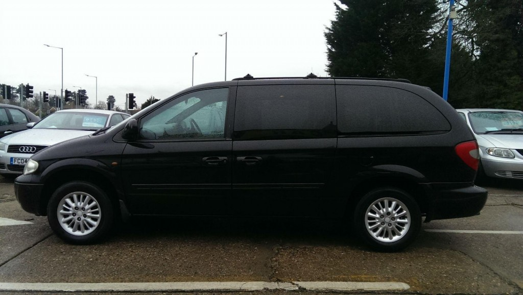 CHRYSLER GRAND VOYAGER LX AUTO