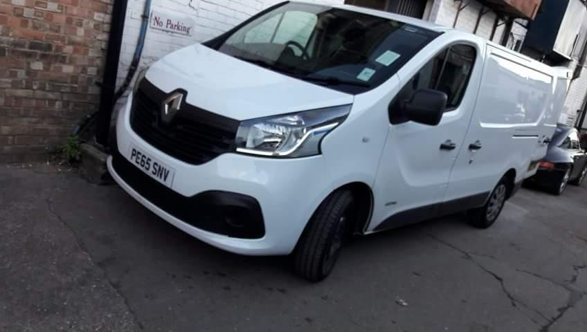 RENAULT TRAFIC SL27 BUSINESS + DCI