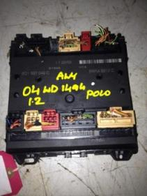 volkswagen polo comfort 55bhp 5dr 2004 fuse box in car